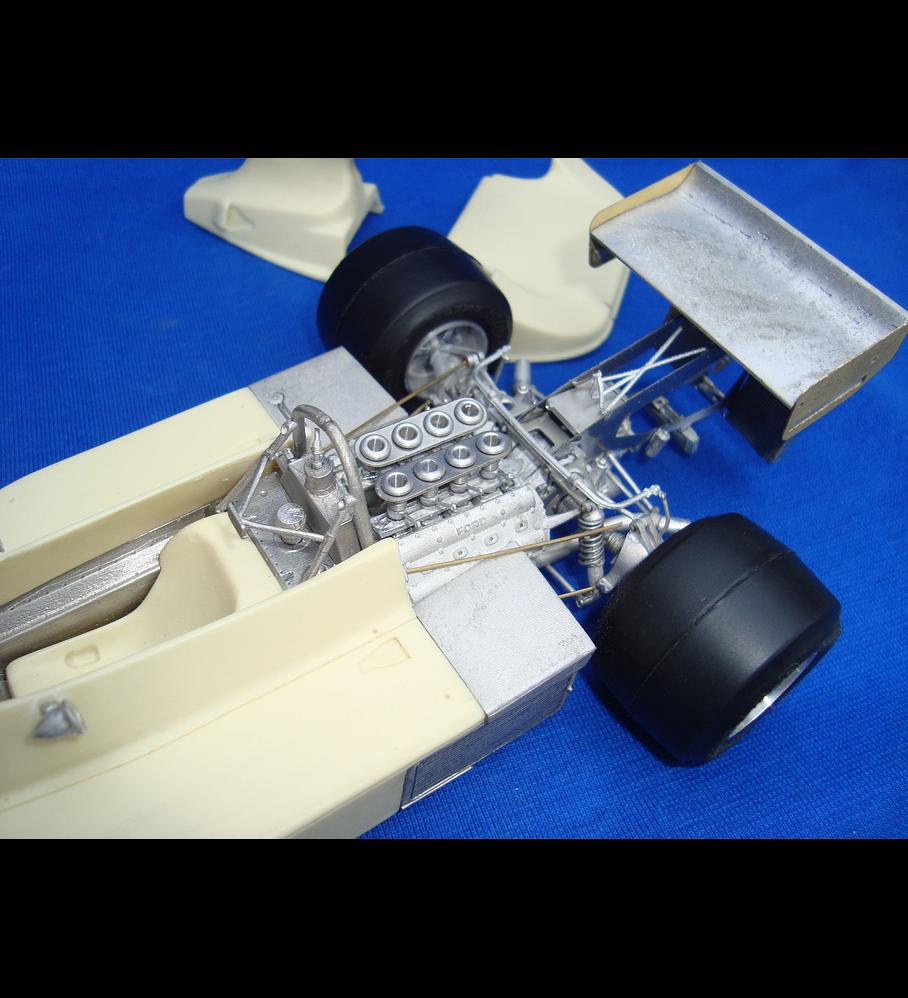 1/20 F1 Resin kit - Hesketh 308B 1975 Holland GP WINNER
