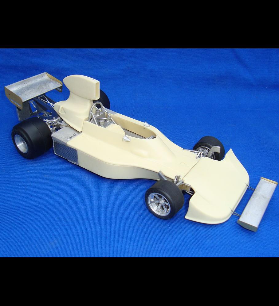 1/20 F1 Resin kit - Hesketh 308B  1975 Italy GP - Harald Ertl