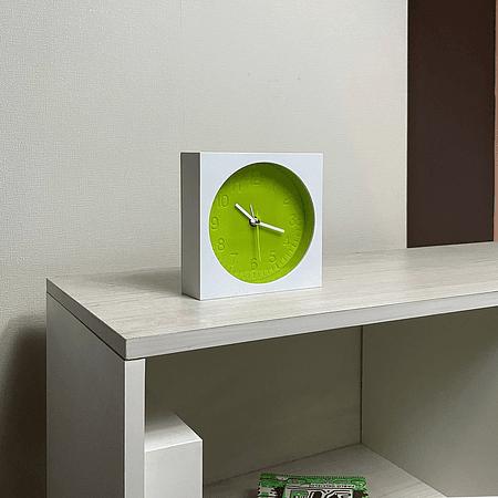 Reloj Moma-v