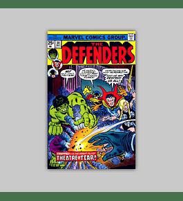 Defenders 30 VF/NM (9.0) 1975