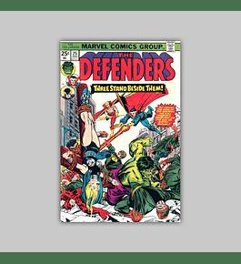 Defenders 25 VF/NM (9.0) 1975