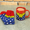 Gift Box DC Comics: Wonder Woman Mug and Socks Set