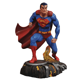 DC Gallery PVC Statue Superman