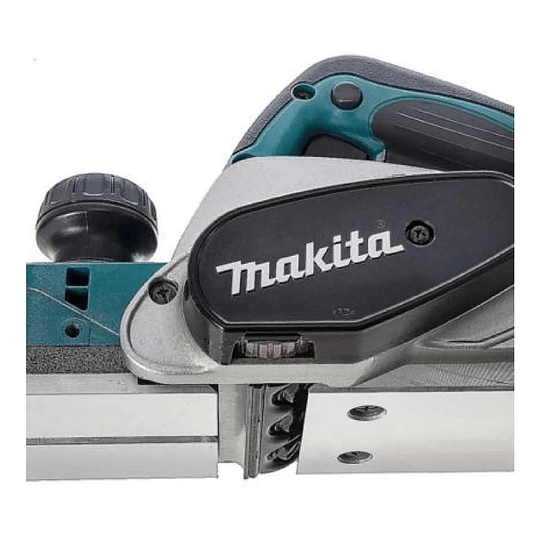 Cepillo Eléctrico 82mm (3-1/4'') 620w Kp0800 Makita