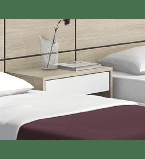 2 Mesas Cabeceira Hotel Oreana