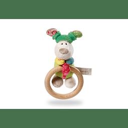 Peluche de perro delgado con anillo de madera