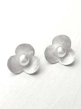 Aretes Sakura