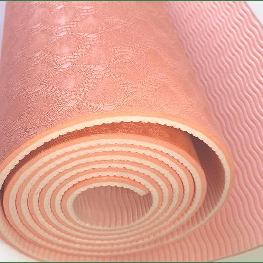 colchoneta mat de yoga