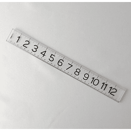 Regla acrílica 33 cm transparente