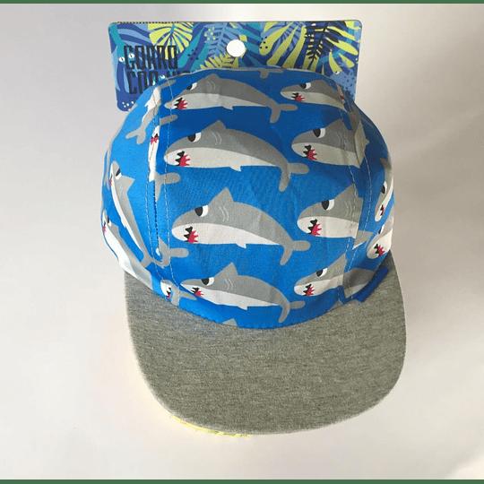 Gorro con visera tiburones