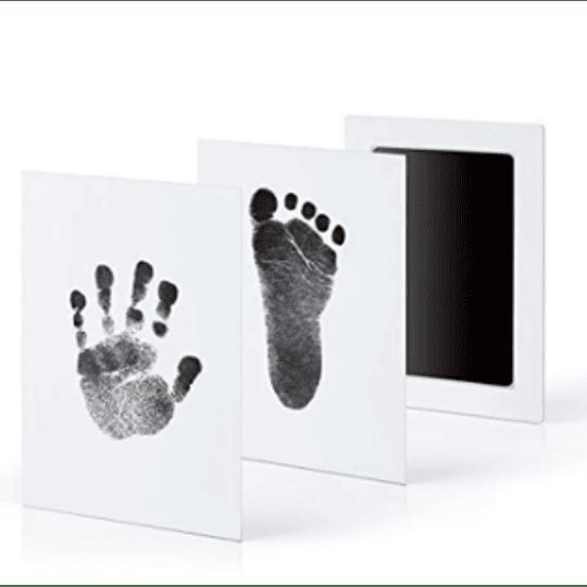 Almohadilla para estampar huellitas de bebé negra