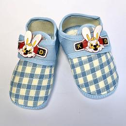 Zapatos de Bebé celeste/conejo