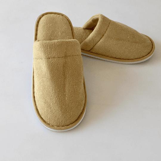 Pantufla beige