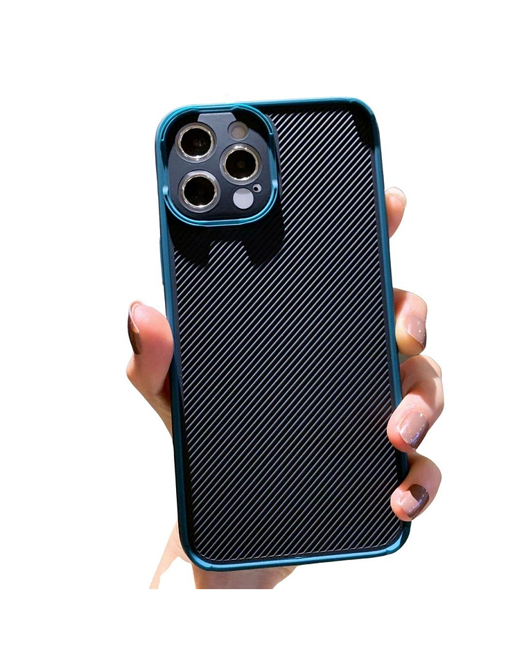Carcasa iPhone 11 Textura Resistente Borde Verde