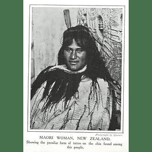 1910 Maori Woman Showing Peculiar Form Of Tattoo On Chin