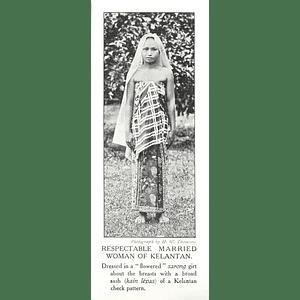 1910 Respectable Married Woman Of Kelantan Flowered Sarong