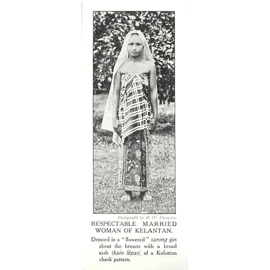 1910 Respectable Married Woman Of Kelantan Flowered Sarong