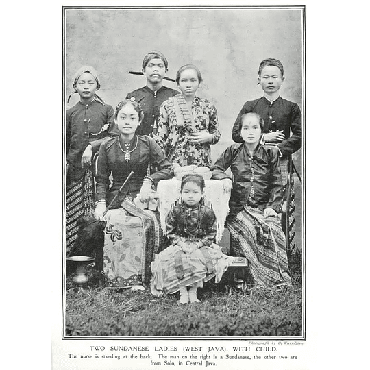 1910 Two Sundanese Ladies, West Java With Child, Solar