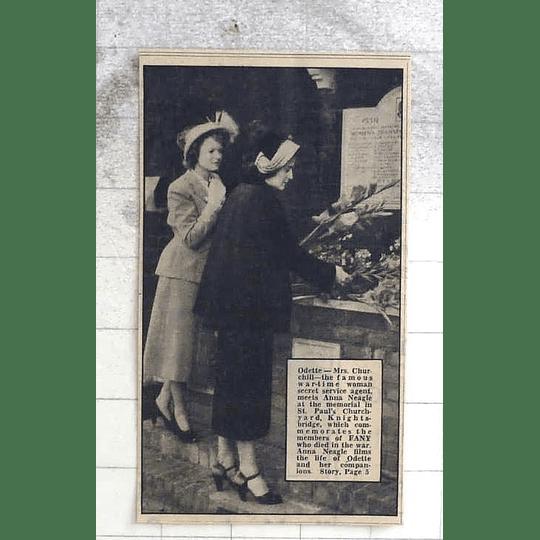 1950 Odette, Mrs Churchill, Meets Anna Neagle, St Pauls Knightsbridge