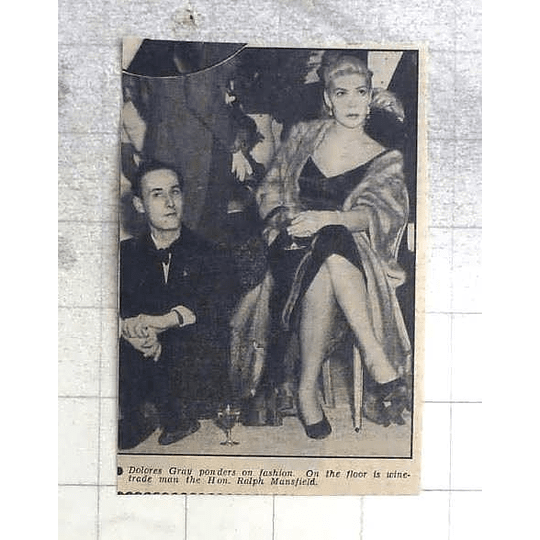 1950 Dolores Gray And Ralph Mansfield Pondering Fashion Show