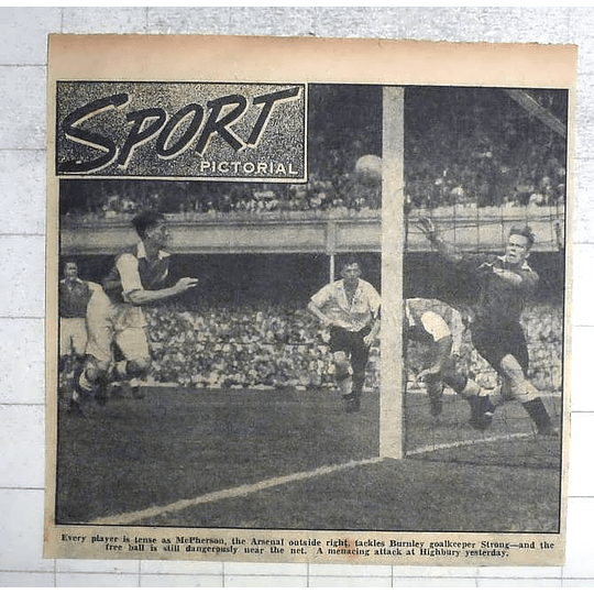 1950 Arsenal Outside Right Macpherson Tackles Burnley Goalkeeper Strong