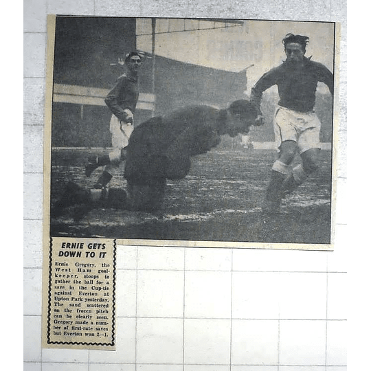 1950 West Ham Goalkeeper Ernie Gregory Gathering Ball From Everton