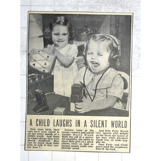 1950 Patty Wyant, 2, With Her Playmate Cindy Fox