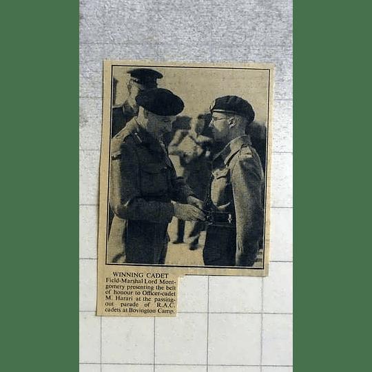 1946 Lord Montgomery Presenting Built Of Honour To M Harari, Bovington Camp