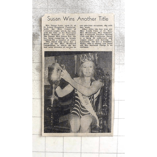 1974 Mrs Susan Laity, Camborne Wins Miss County Of Cornwall Trophy