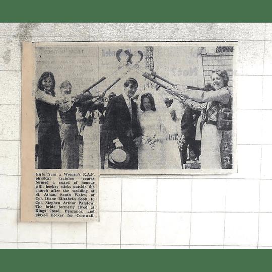1974 Cpl Diane Scott Weds Cpl Stephen Parslow, Cornwall Hockey