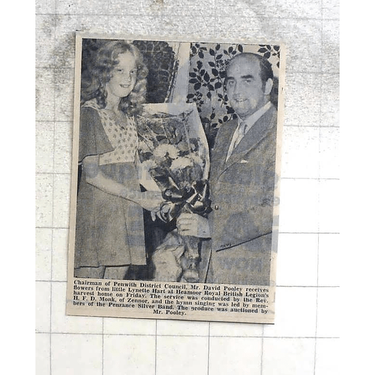 1974 David Cooley Receives Flowers From Lynette Hart At Heamoor British Legion