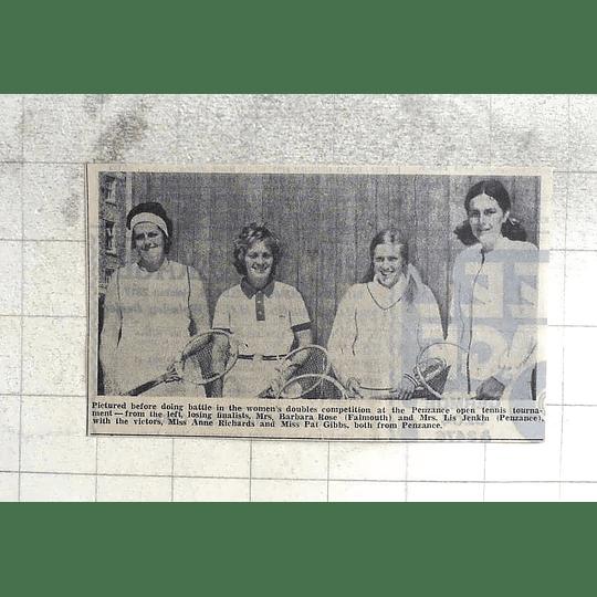 1974 Women's Tennis, Barbara Rose Falmouth, Lis Jenkin, Ann Richards, Pat Gibbs