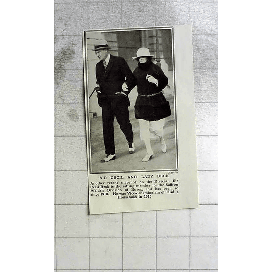 1922 Sir Cecil And Lady Beck On The Riviera