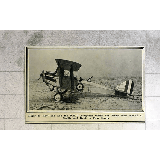 1919 Major De Havilland And The Dh Nine Flown In Spain