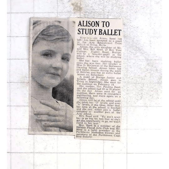 1975 Nine-year-old Alison Reed,breage,to Study Ballet Training Hertfordshire