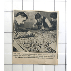 1936 Workman Finishing Model Of London River And Docks For Johannesburg Exhibit