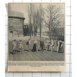 1936 Stratford-upon-avon Festival Company Rehearsing 12th Night In The Open