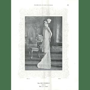 1925 Miss Iris Connolly & Miss Enid Fernandes