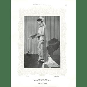 1925 Mrs E Lee Neil & Mrs Thompson Riddle
