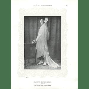 1925 Miss Zitta Heather Messum & Miss Flower Carson