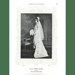 1925 Mrs E Stephen Pasmore & Miss Olwen Davies
