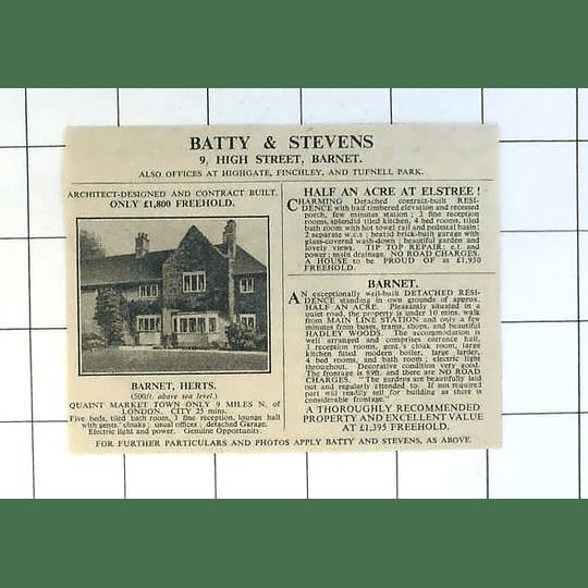 1936 Five Bedroom House In Quaint Market Town Barnet, £1800