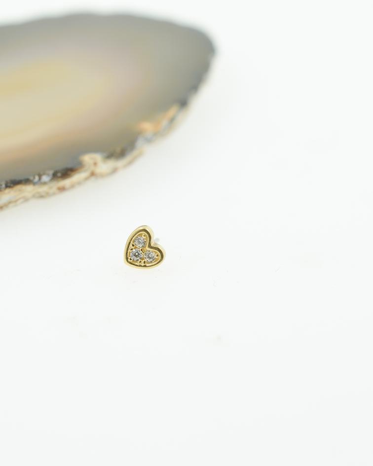 Corazón de oro amarillo con triple zirconia cristal interior– threadless o pin
