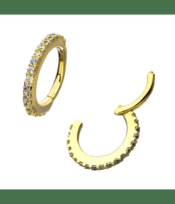 Clicker con múltiple zirconias cristal en oro amarillo