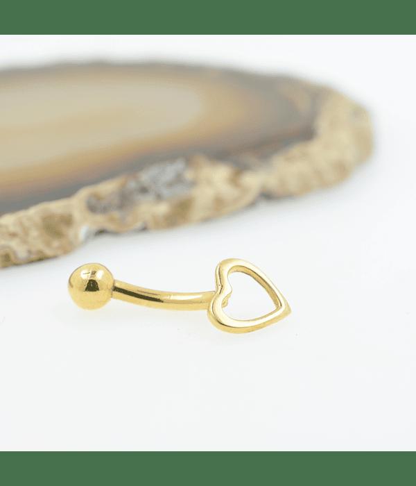 Banana ombligo con accesorio corazón en oro amarillo