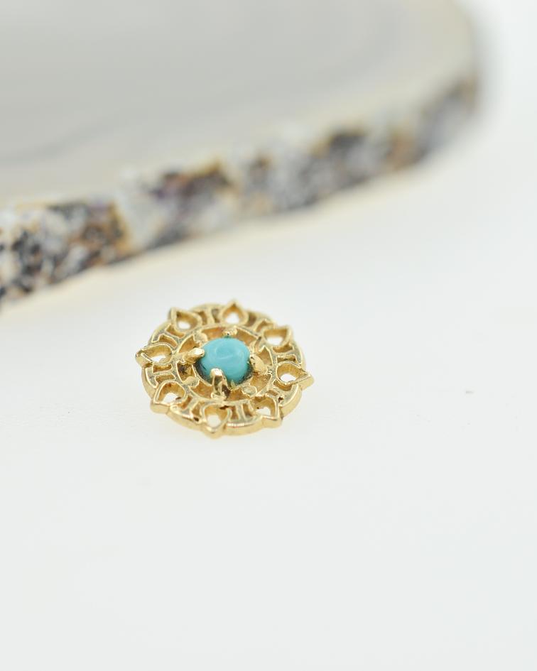 Mandala con turquesa en oro amarillo- 14g