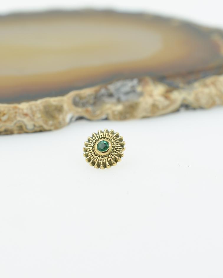 Mandala con gema en oro amarillo - 14g