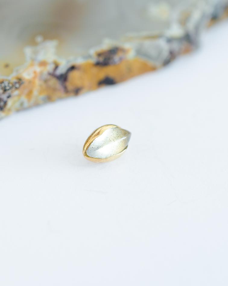 Cabochon marquesa cuarzo en oro amarillo - 14g