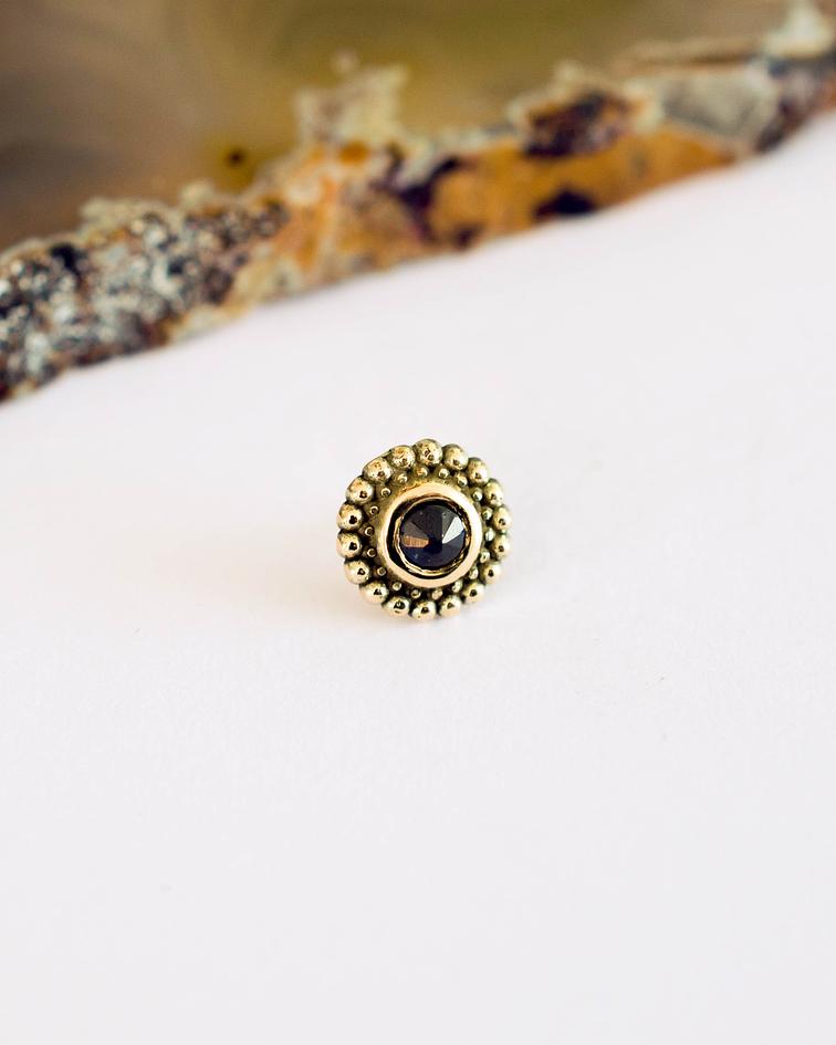 Safiro rounded milgrain en oro amarillo - Threadless o pin