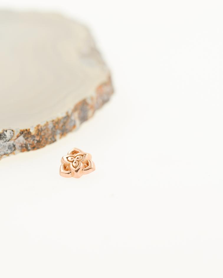 Accesorio ornamental tres caras oro rosa - 14g